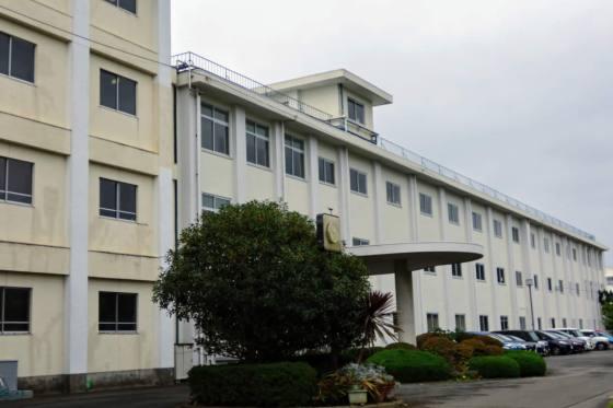 秦野高校、それは相も変わらない高校。