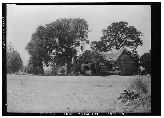 1900 photo of the original Jim Gillis cabin (known as the Mark Twain Cabin)