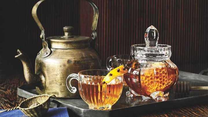 Distillers Yeast, Airlocks, White Rum, Spiced Rum, Food Grade Glycerine, spirit essences, spirit essence, home distilling, Sambucca, liqueur essences, liquid smoke, oak chips
