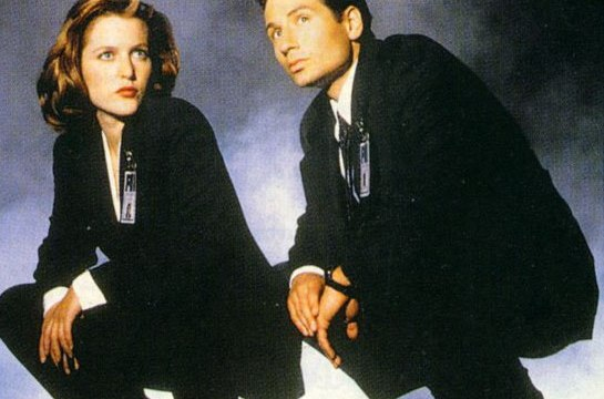 https://i2.wp.com/keithlovesmovies.com/wp-content/uploads/2016/01/mulder-and-scully.jpg?resize=545%2C360&ssl=1