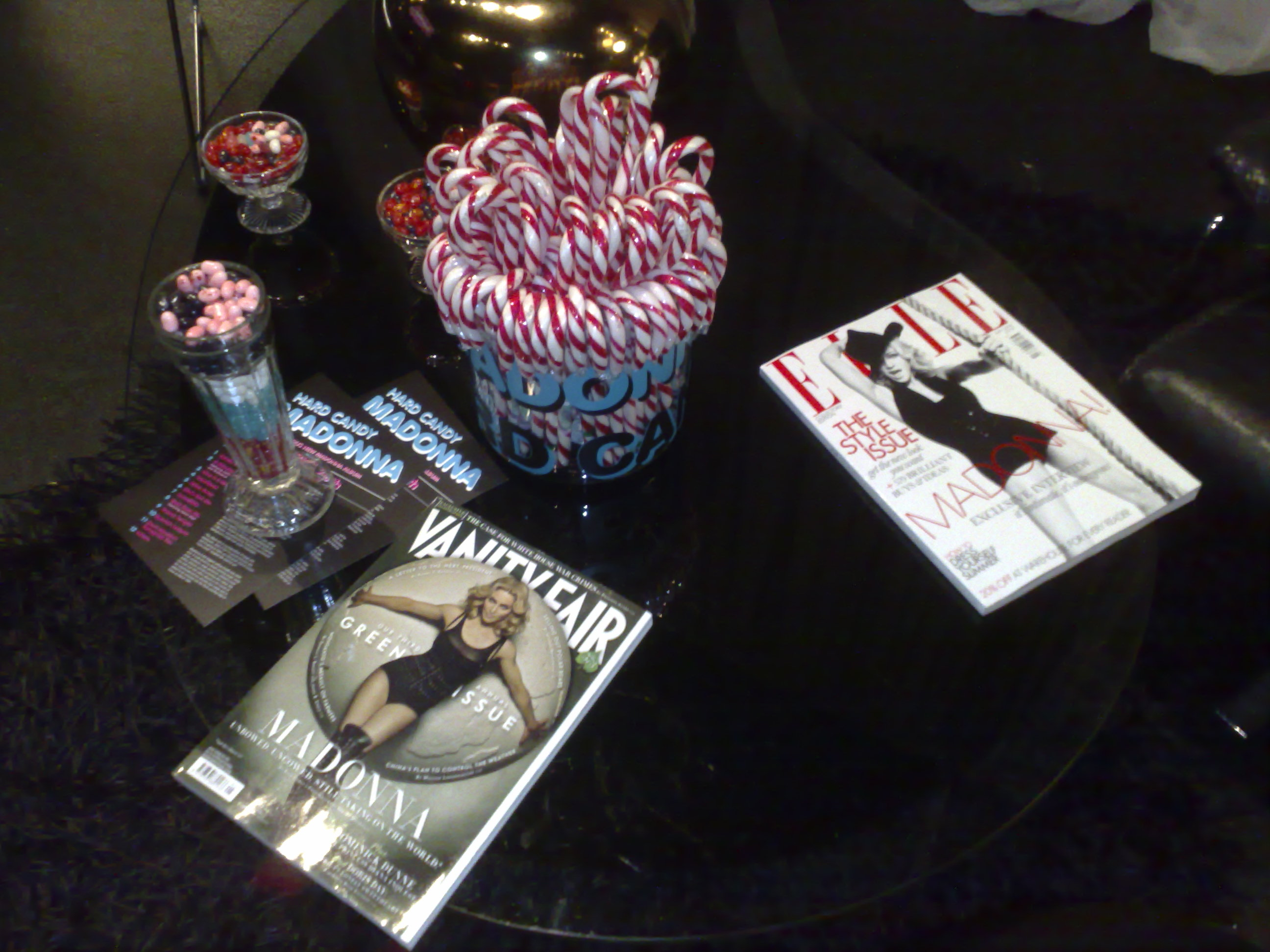 Madonna Hard Candy preview magazines