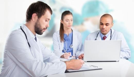ホームページの医師のプロフィールを見る時に注意すべき3つのポイント