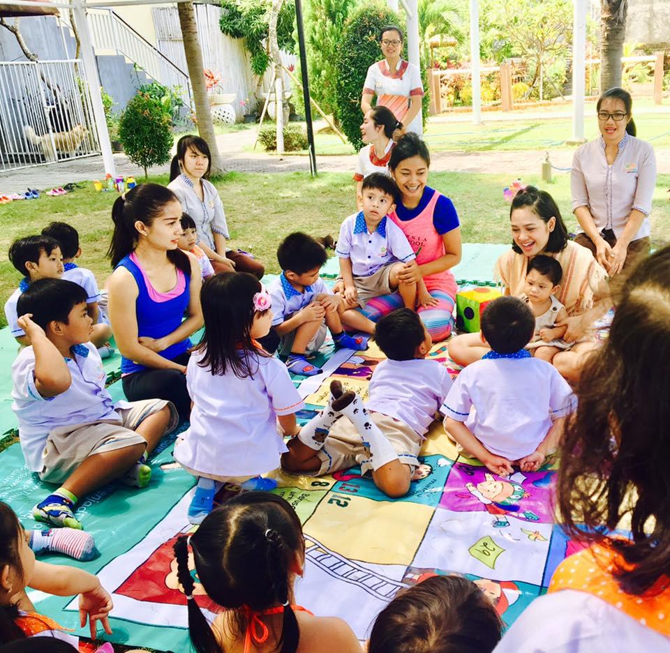 manfaat yoga untuk anak-anak membentuk karakter