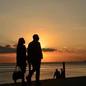 Hubungan Jarak Jauh Kelas Cinta