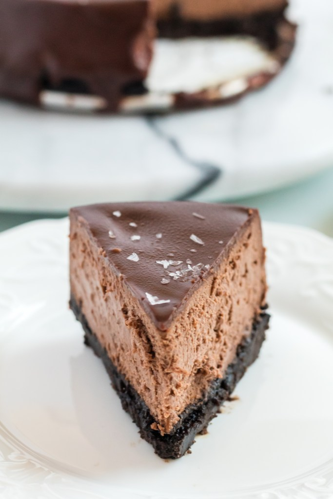 Instant Pot Triple Chocolate Cheesecake | This Instant Pot Triple Chocolate Cheesecake is SO easy it is crazy. Since I come up with this recipe I haven't baked a cheesecake the traditional way. This recipe has the best texture and is just so yummy, why would you go back???| https://butterysweet.com/uncategorized/instant-pot-triple-chocolate-cheesecake
