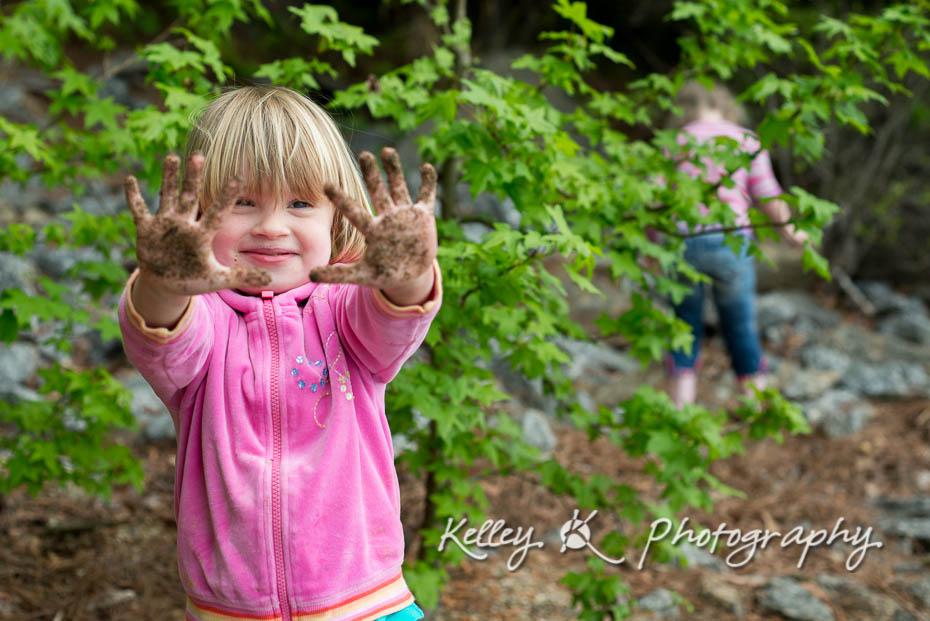 Muddy hands!