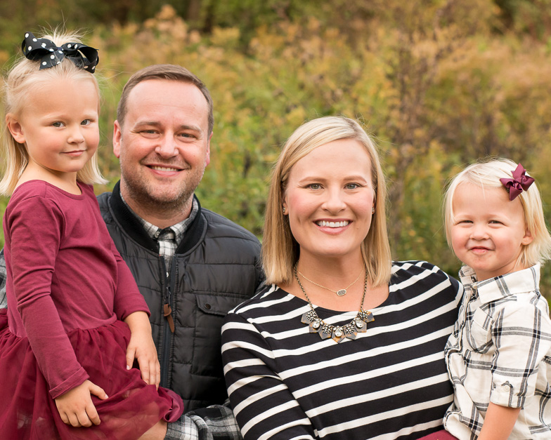 Fall-Family-Photo-4x5ratio-KelleyKPhotography-SmyrnaGA