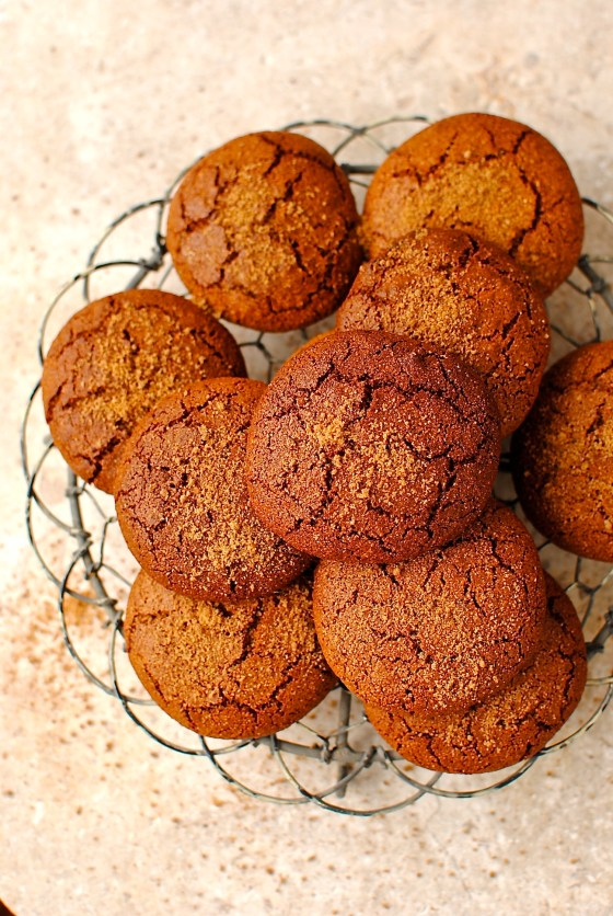 soft and chewy molasses cookie (grain free)