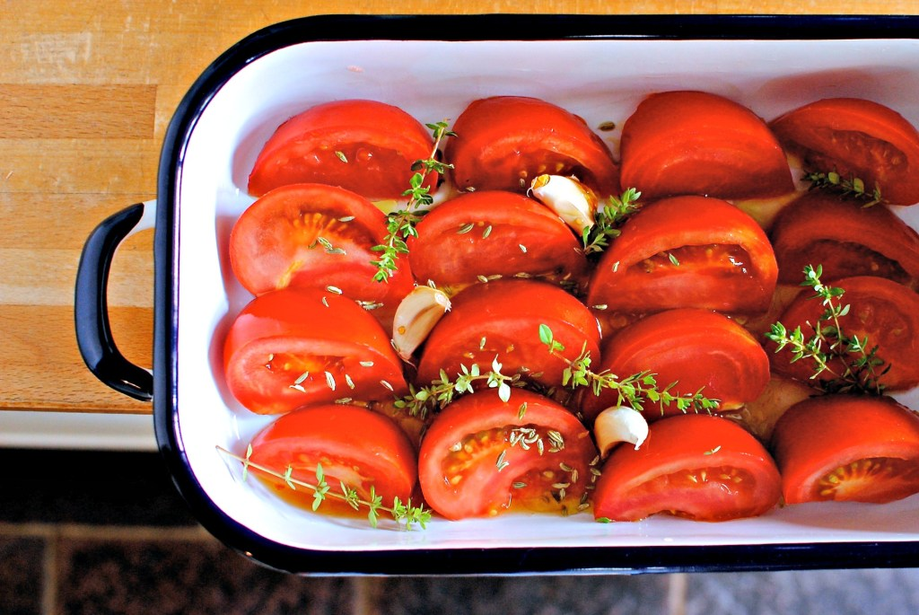 roasting tomatoes by food to glow