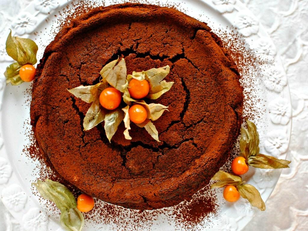 chocolate chestnut truffle cake // food to glow