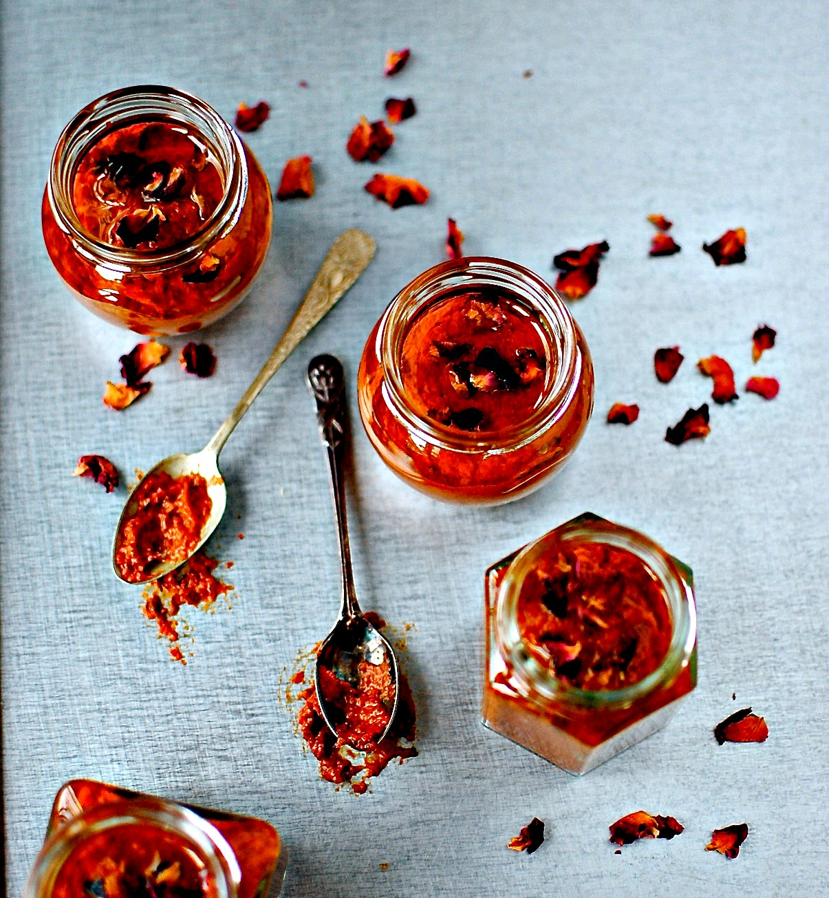 Rose Harissa – A Hot and Fragrant Spice Paste to Liven Up Almost ...