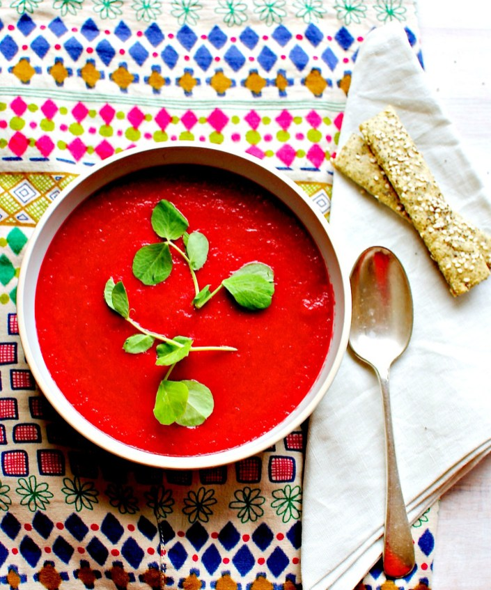 cumin and fennel beetroot soup for autumn