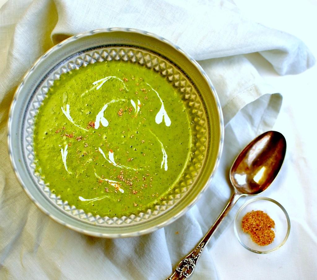 kale soup // food to glow