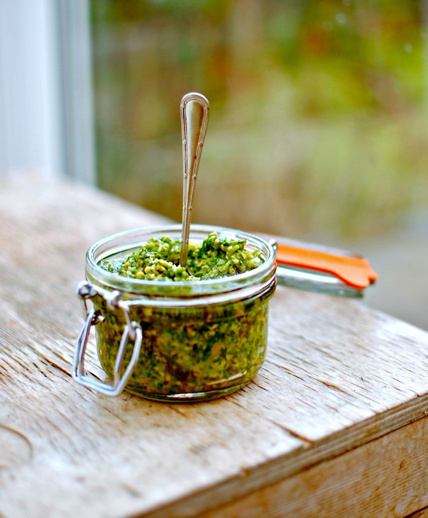 green-olive-and-coriander-tapenade by food to glow
