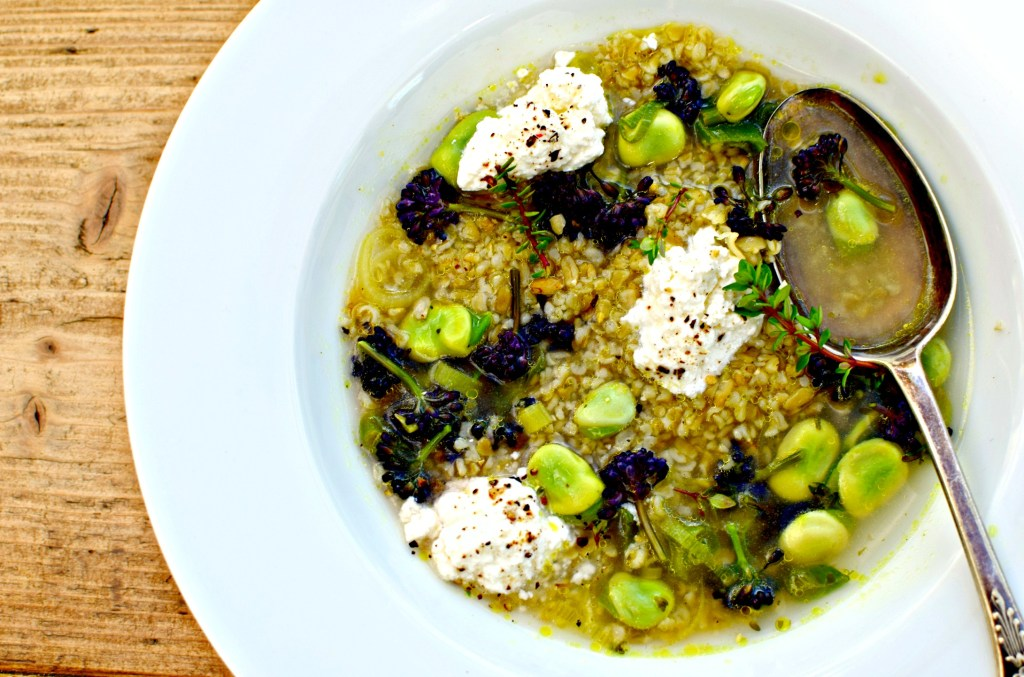 freekeh, broad beans, broccoli, thyme and soft cheese broth // food to glow