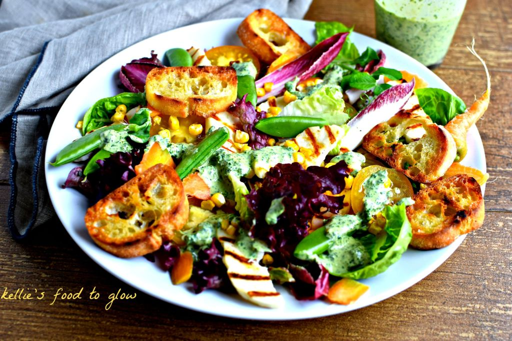 Griddled Bread & Halloumi Salad with Green Tahini Dressing // food to glow