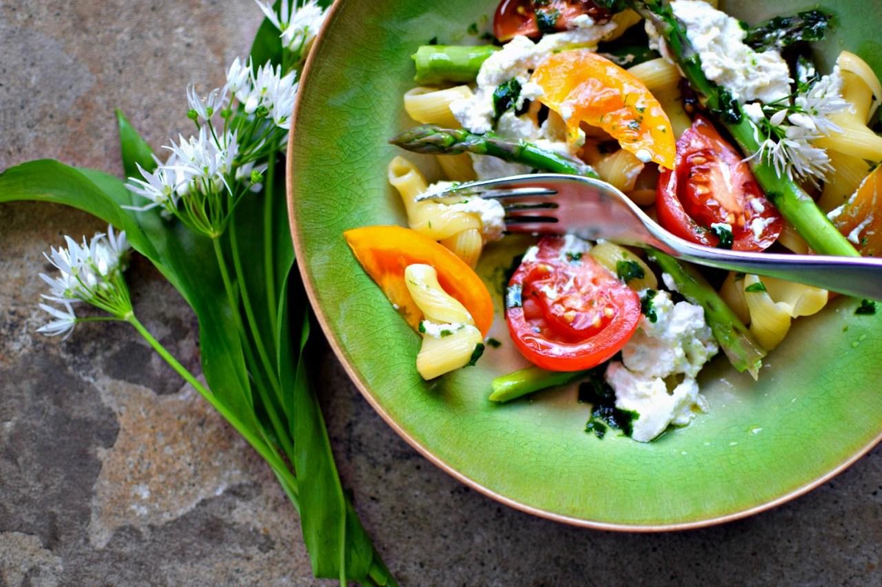 asparagus-tomato-preserved-lemon-ricotta-pasta6