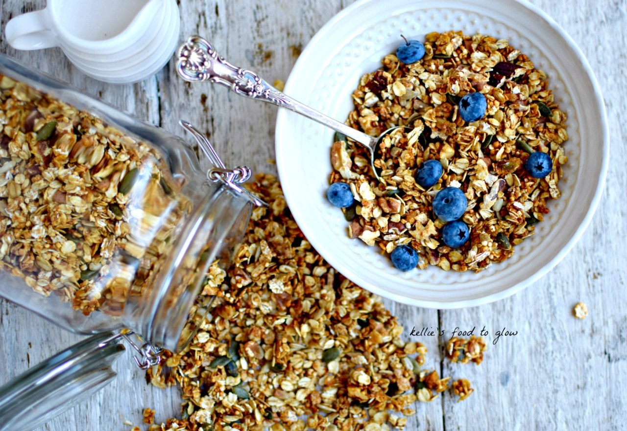 Granola made light and almost fluffy - not two words we associate with granola, huh? - with the addition of quinoa puffs. We love it not only for breakfast but as a wholesome snack the whole family will enjoy. Tastes great coating a frozen chocolate covered banana. Just saying.