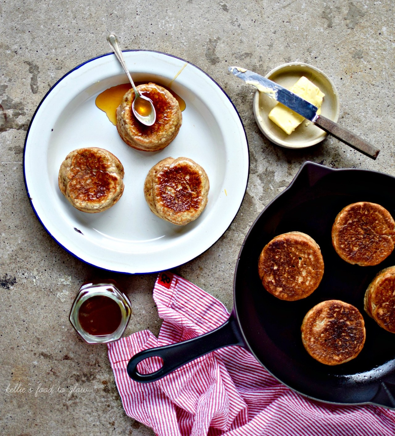 homemade cinnamon and rye crumpets are easier than you think! A super breakfast or comforting snack. kelliesfoodtoglow.com