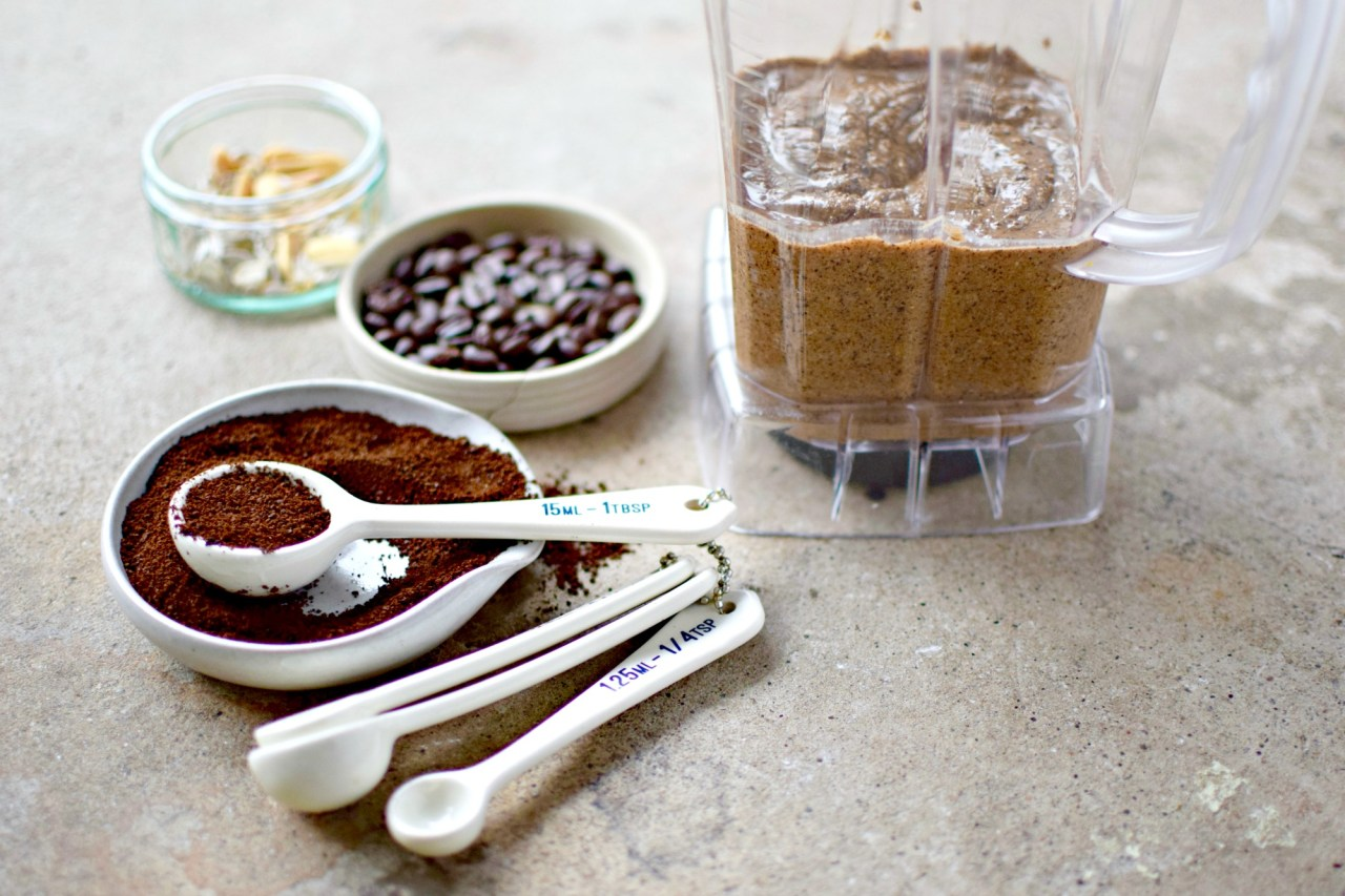 Espresso nut and seed butter is the perfect way to wake up your breakfast routine. Spread it on toast, swirl it in your morning oatmeal, slather it on apple slices, mix it into baking - eat it straight off the spoon! Easy to prepare and keeps well. You can even make it decaf.