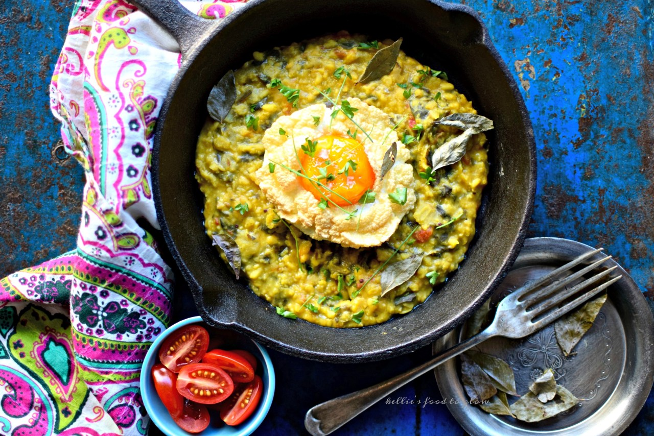 Breakfast doesn't get more fun than cloud eggs. Whip your egg whites until fluffy, bake a little, reintroduce the yolk, bake a little more and, et voilà - cloud eggs. This Instagram favourite is one of the easiest and healthiest food trends of 2017. Just two ingredients and whatever you wish to fold in. A perfect little ray of sunshine for breakfast, brunch, lunch or dinner. Get cracking!