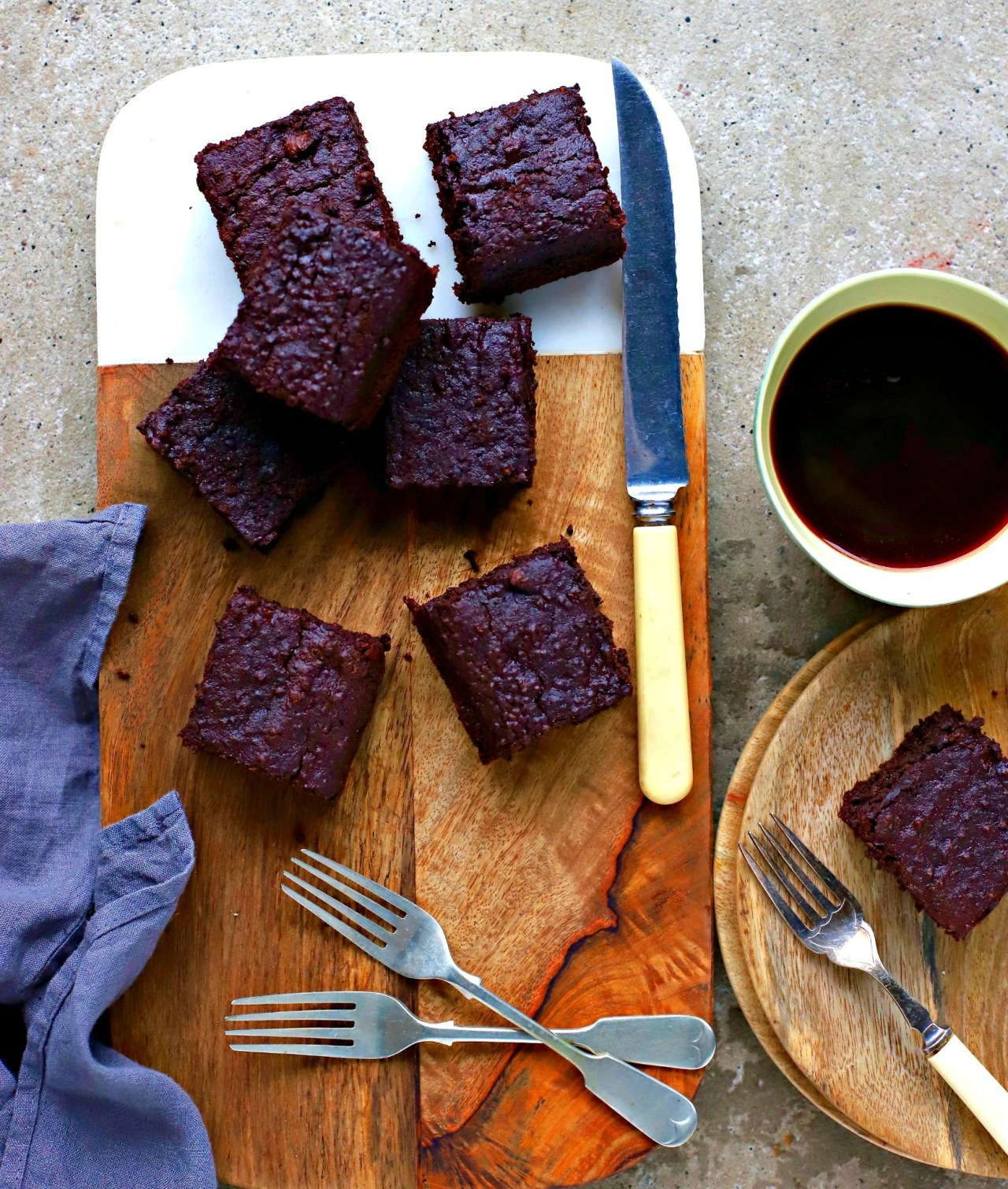 Naturally gluten-free, these irresistible Decadent Chocolate Quinoa Brownies are made with cooked quinoa, cocoa, nut butter and chocolate. Gooey, soft and very more-ish. A lovely snack, or even dessert with ice cream.