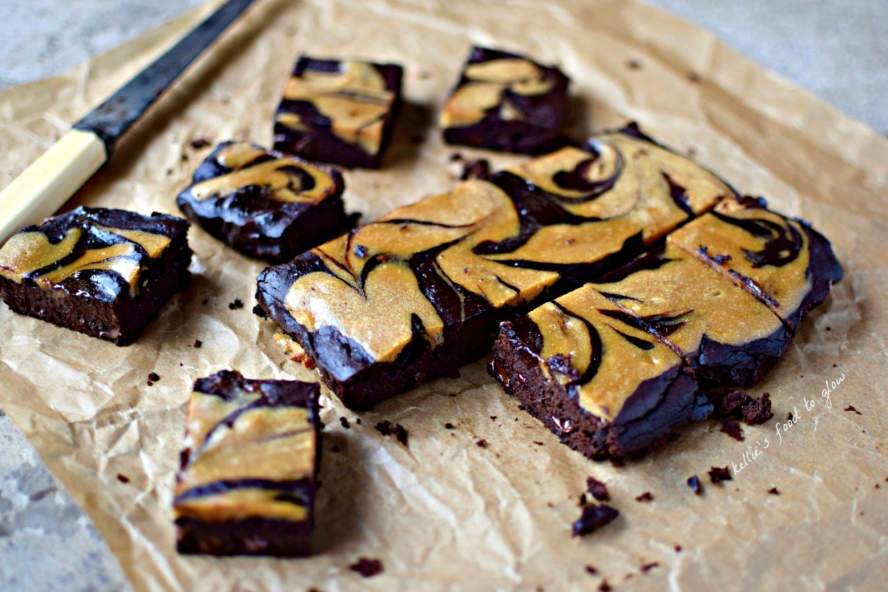 No-added sugar black bean #brownies with swirls of maple-sweetened tahini. #Glutenfree #baking