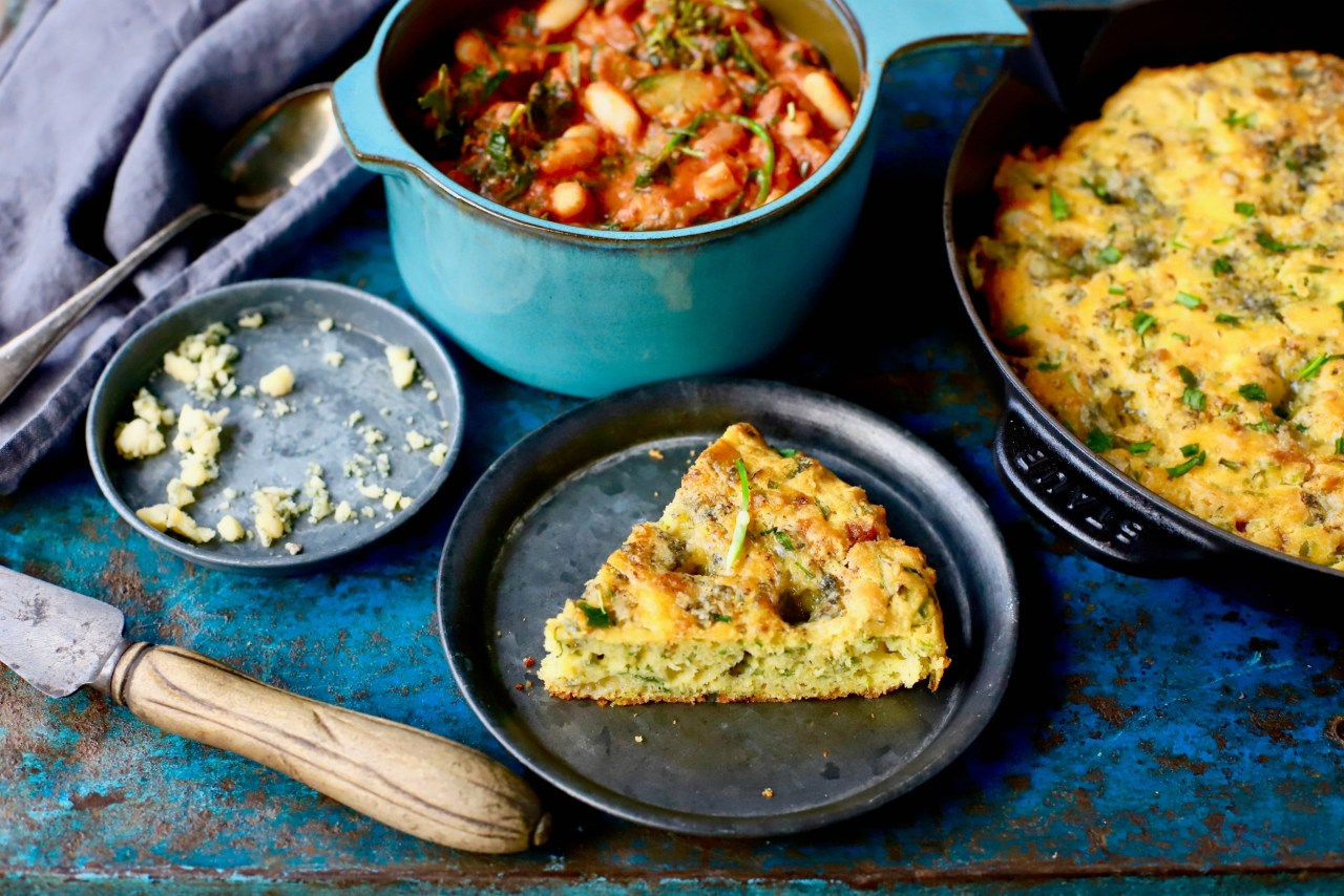 Punchy wild garlic and umami-rich Roquefort #cheese elevate the humble Southern dinner table staple, #cornbread, to new heights. Tender of crumb and with oodles of savory flavour, this quick and #easy #bread goes with stews, chillies, breakfast eggs and more. #wildgarlic