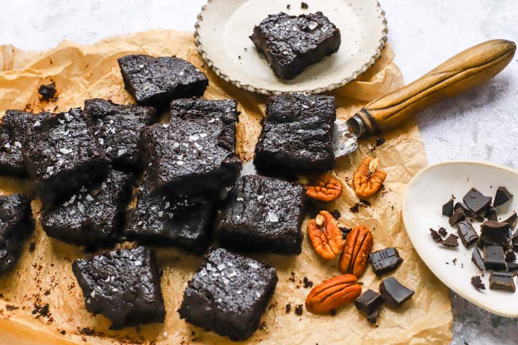 keto and low-carb chocolate brownies