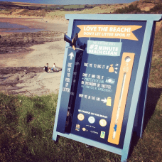 The 2 Minute Beach Clean is an amazing organisation, which engages with the community, encouraging people to spend just two minutes cleaning up litter from public places. These rubbish collection signs are just one of the many ways they are working towards a positive, rubbish free environment! Photo supplied by the 2 Minute Beach Clean Team.