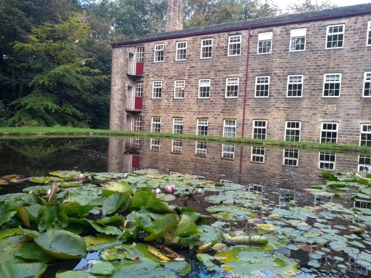 Yoga retreats at Hewenden Mill