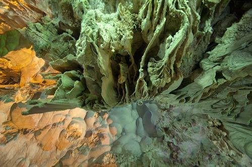 cave roof, Ha Long Bay, Vietnam