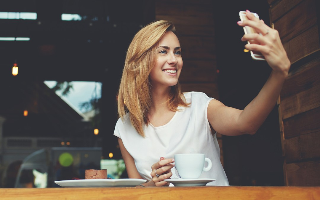 How Cosmetic Dentistry Can Improve Your Social Life