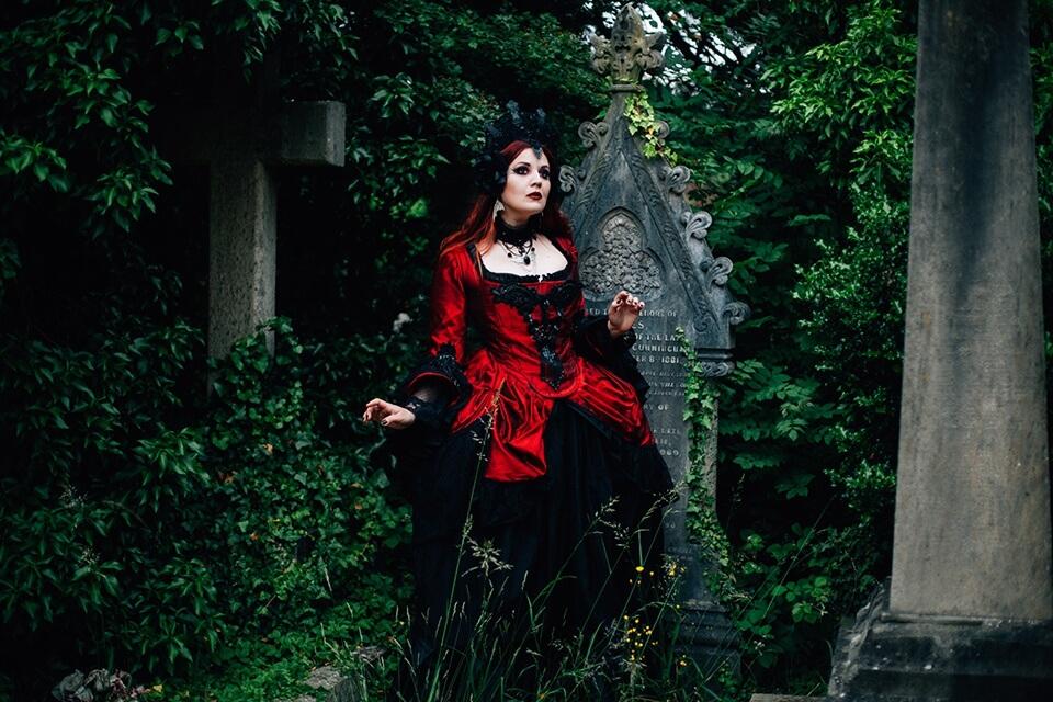 Vampyresque Summer Salon