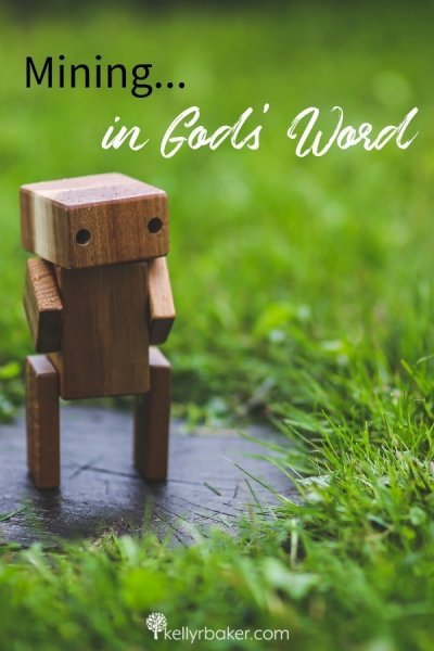 God's Word is a vast mining field. See the spiritual paralleles between the video game Minecraft and mining in God's Word. #ThrivingInChrist #spiritualgrowth #BibleStudy #dailybread