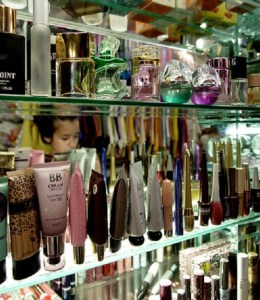 Running-Your-Own-Fragrance-Boutique-Store.jpg
