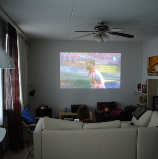 What Makes A 21st Century Family Room Awesome?