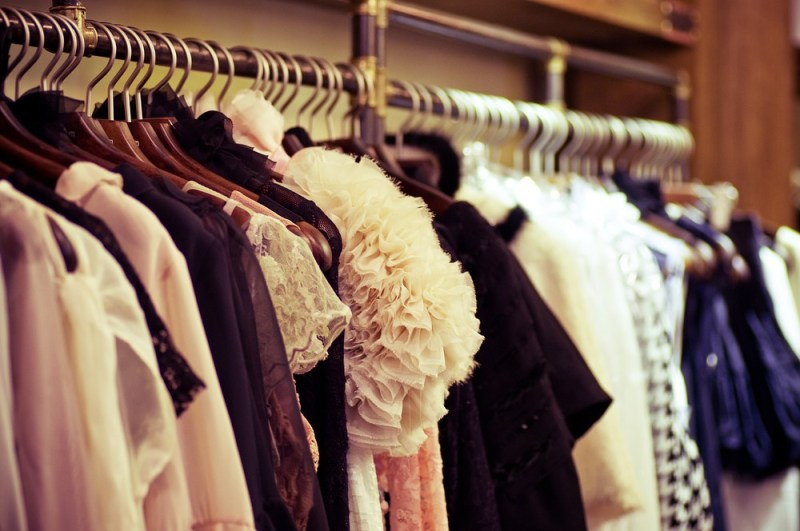 5 Ways to Affordably Revamp Your Wardrobe