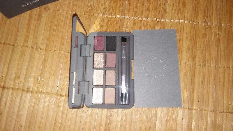 Stowaway cosmetics handy compact
