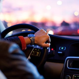 10 Good Reasons for Taking Driving Lessons