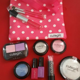 For the Little Diva- Pretend Play Makeup Set by Cutegirl Cosmetics