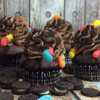 Dirt Worm Cupcake Recipe