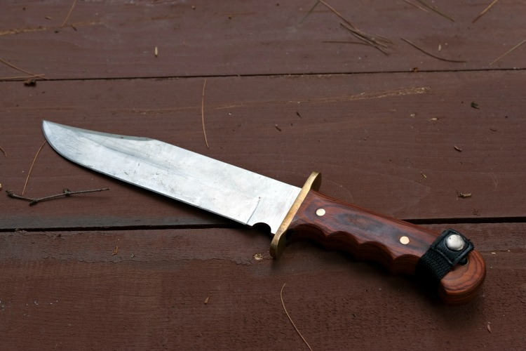A Brief Guide To The Various Uses Of A Survival Knife