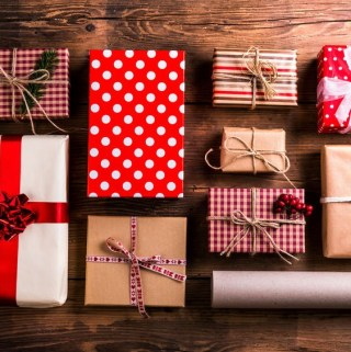 How to Shop for Him this Holiday Season