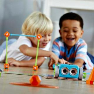 The Latest & Greatest STEM Toys The Kids Will Enjoy