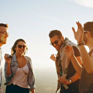 Pros and Cons of Vaping in Your Lifestyle
