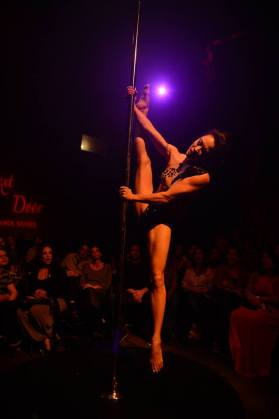 NATASHA WANG 2013 International Pole Championships (Singapore) ULTIMATE WOMEN'S CHAMPION - 1st Place Reprised for the Girl Next Door stage Choreography and Coaching by Kelly Yvonne VIDEO: https://www.youtube.com/watch?v=Y8eZdBYZMa4
