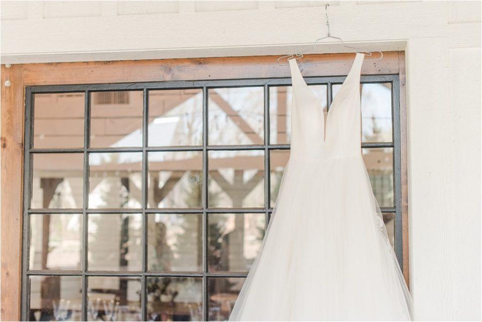 Belle Vogue Bridal KC classic timeless A line dress Kansas city wedding photographer