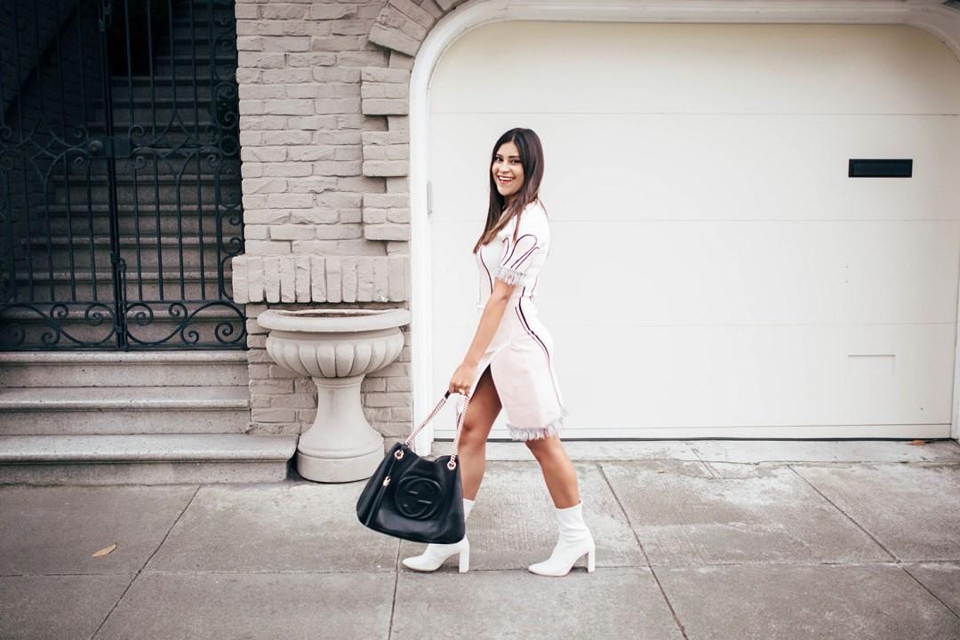 Lifestyle blogger Kelsey Kaplan of Kelsey Kaplan Fashion discussing a career in blogging