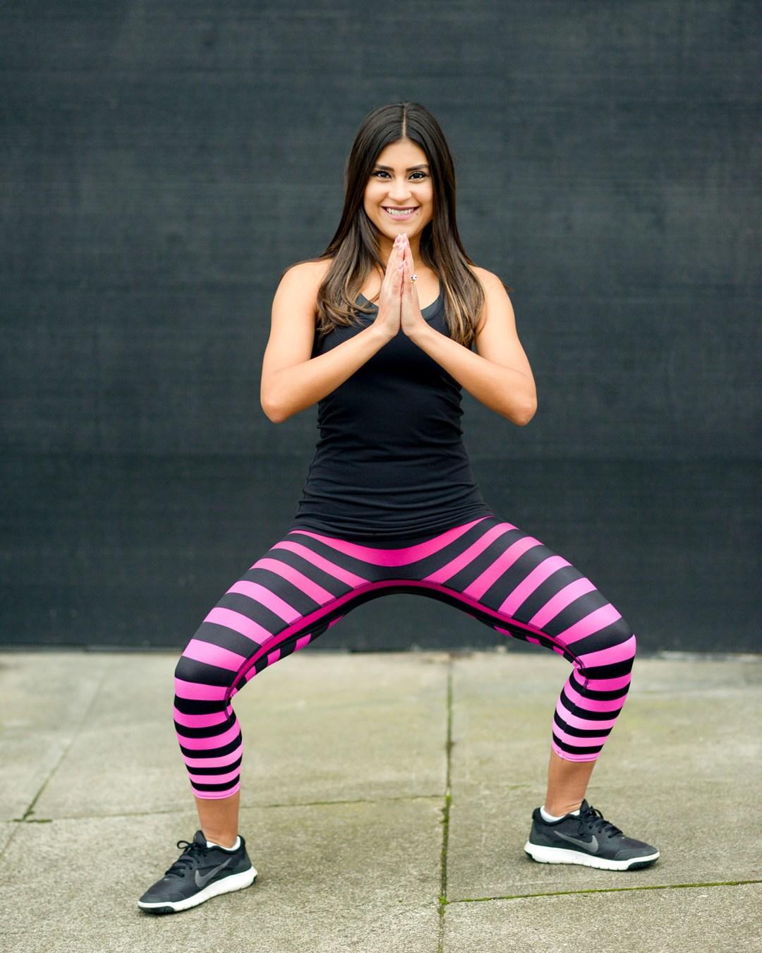 Lifestyle blogger Kelsey Kaplan of Kelsey Kaplan Fashion wearing k-deer stripe pants